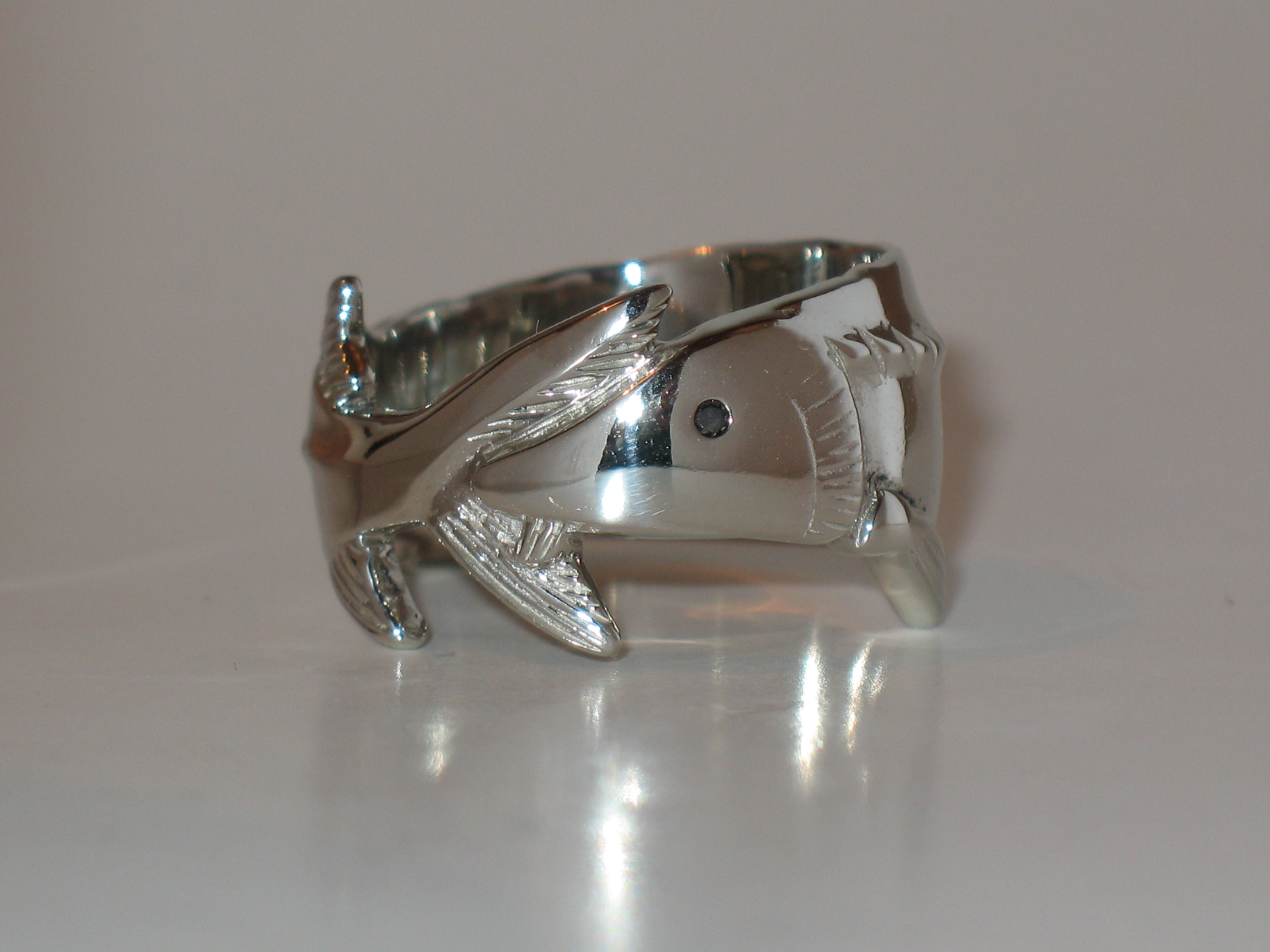 14K white gold sturgeon ring with black diamond eye